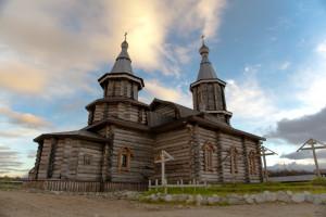 Вид с Печенги на монастырский собор